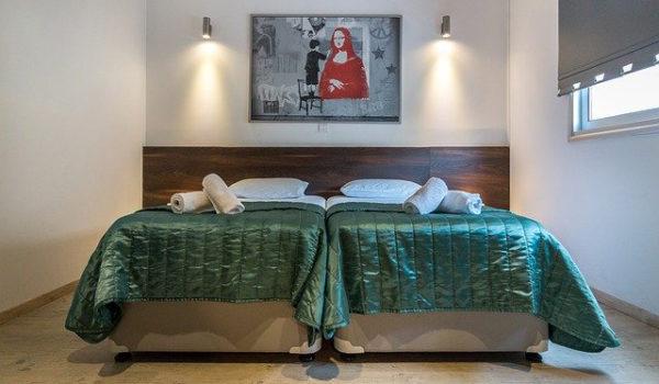 h-bedroom