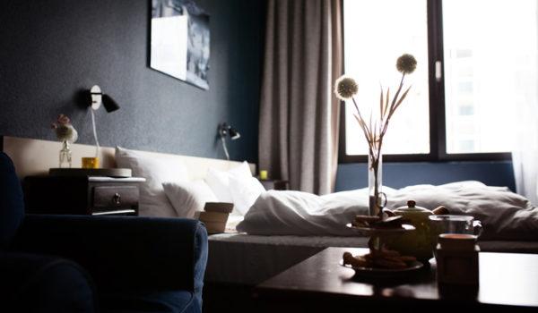 h-bedroom1